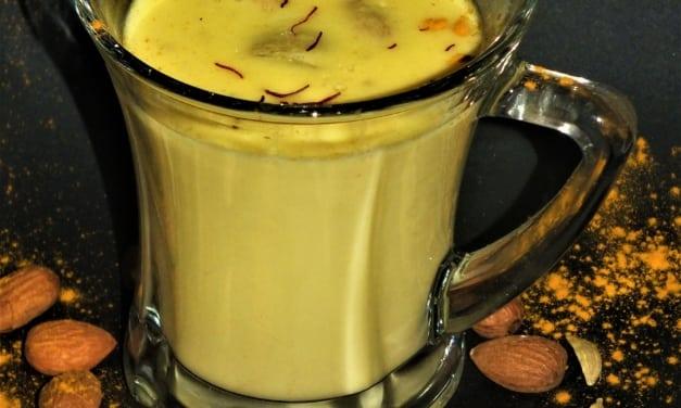 Indické mandlové mléko