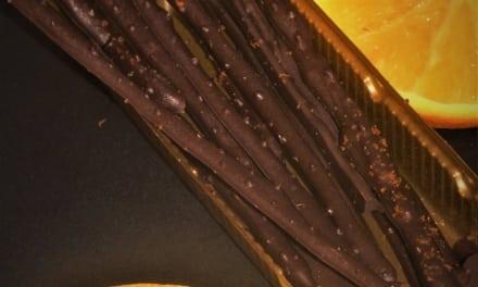 Čokoládové tyčinky s pomerančovou příchutí