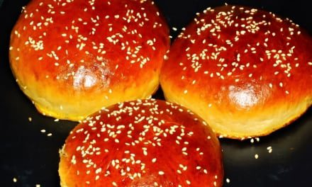 Hamburgerové housky kynoucí jen 10 minut