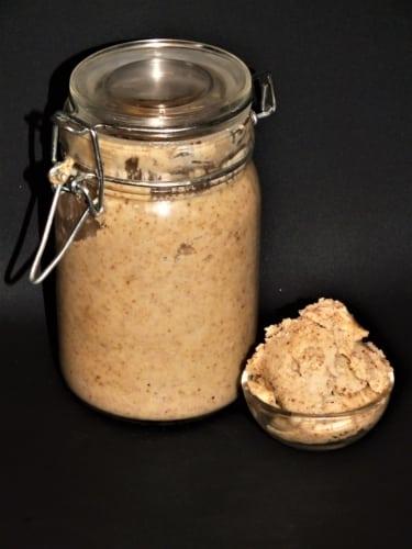Máslo z pražených kešu ořechů
