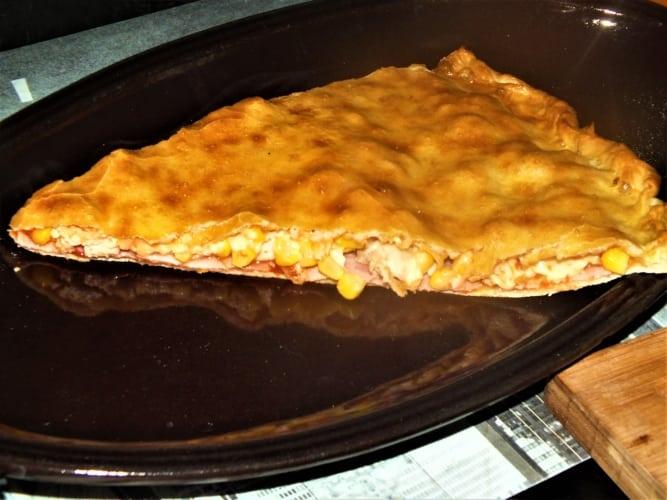 Šunková pizza kapsa