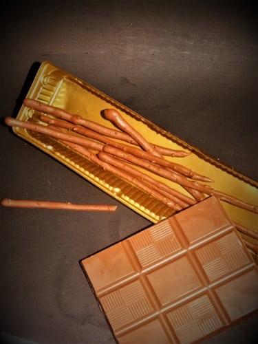 Tyčinky z hořké čokolády
