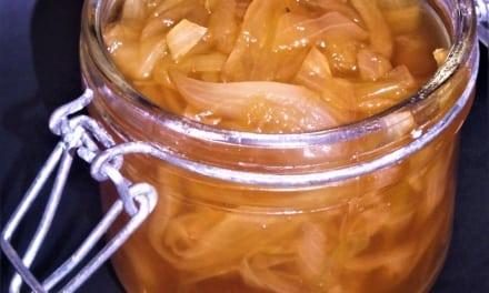 Karamelizovaná cibulka