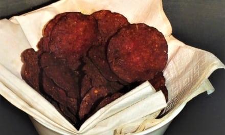 Salámové chipsy