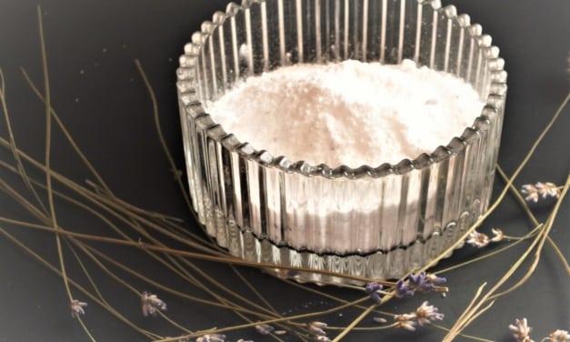 Levandulový cukr moučka