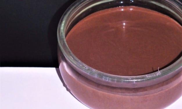 Čokoládový tvaroh se zakysanou smetanou