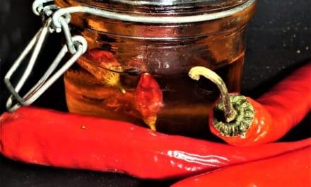 Chilli olej z drcených paprikových vloček
