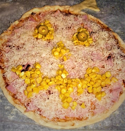 Pizza ve tvaru dýně