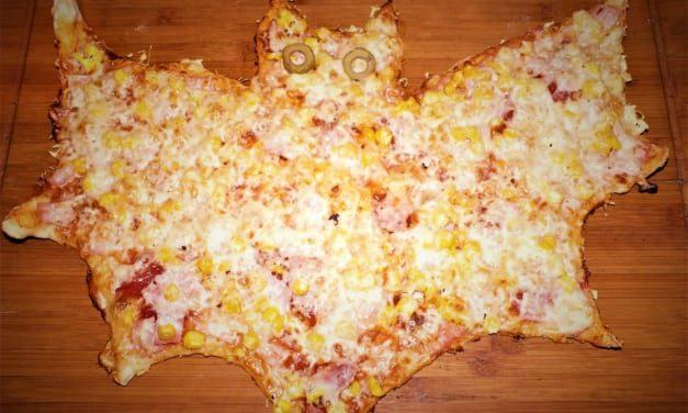 Pizza ve tvaru netopýra