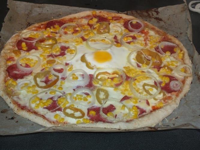 Pikantní pizza