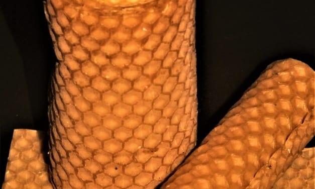 Návod na výrobu svíček ze včelího vosku