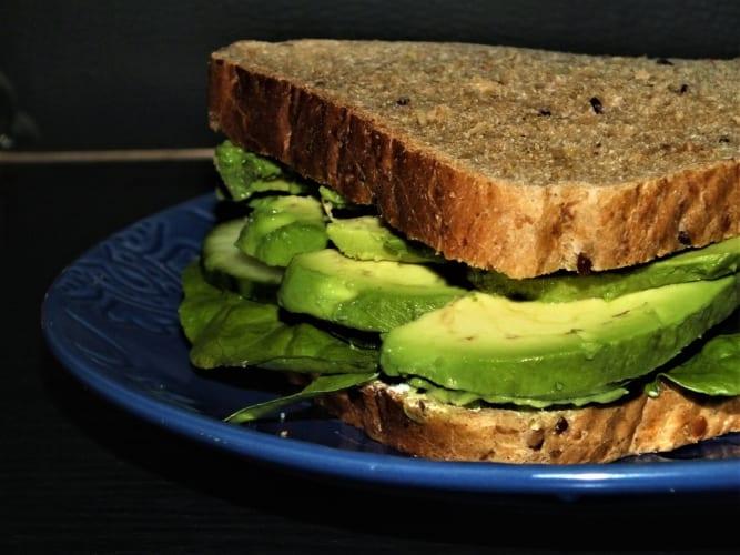 Avokádový sendvič