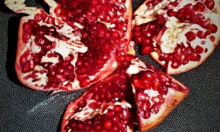 Loupání granátového jablka