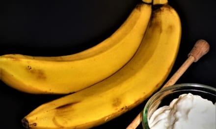 Banánová pleťová maska s medem a jogurtem