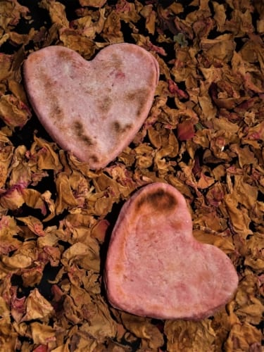 Indický chléb ve tvaru srdce