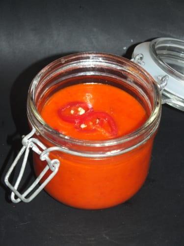 Sladká chilli pasta