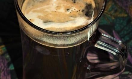 Kafe se zázvorovým sirupem
