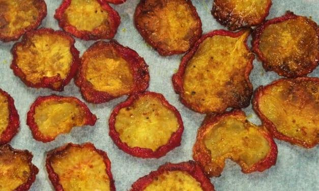 Ředkvičkové chipsy s kari kořením