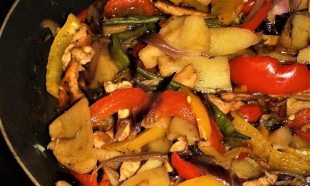 Kuře s bramborami a zeleninou