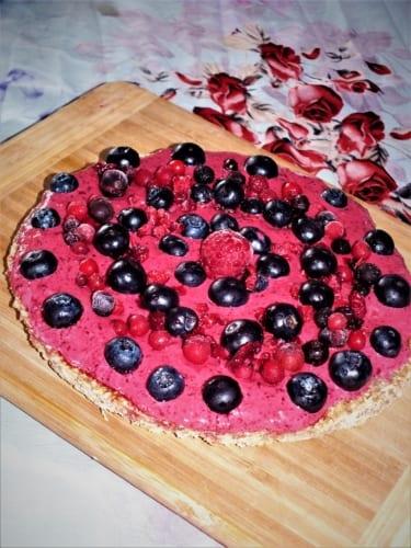 Snídaňová pizza s ovocem