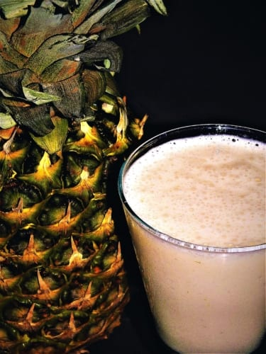Ananasové smoothie s kokosem