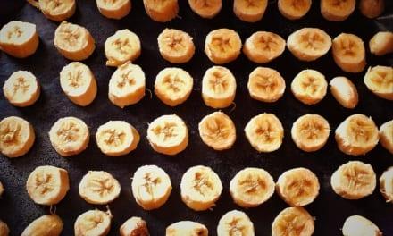 Jak zamrazit banán do zásoby (do smoothies, smoothie bowl atd.)