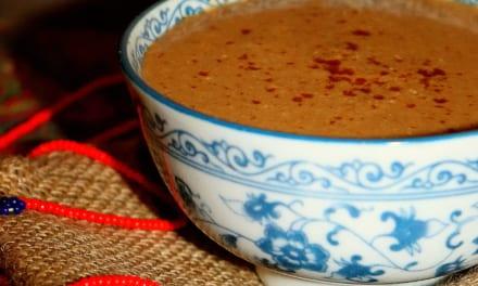 Tsampa kaše z tibetského máslového čaje