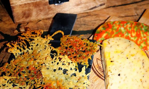 Sýrové chipsy mnoha chutí a barev