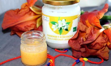 Peeling s jasmínovým kokosovým olejem