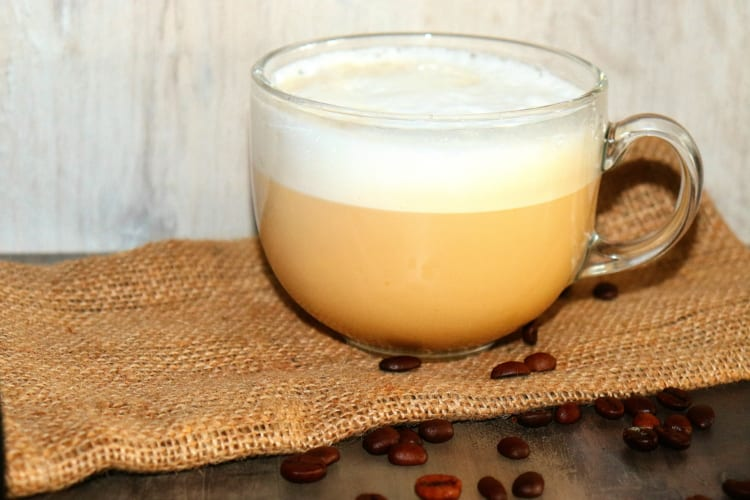 Café au lait – příprava v Hario filtru
