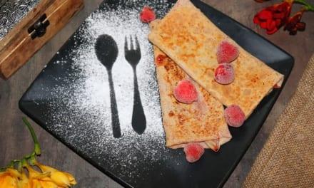 Galletes – francouzské pohankové palačinky s jahodovou náplní