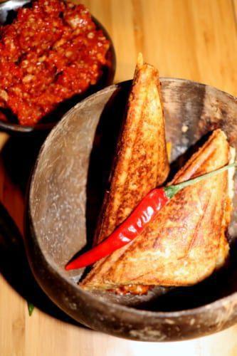 Toasty s masovou směsí