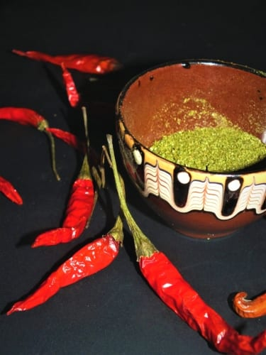 Jak si vyrobit mleté chilli ze zelených chilli papriček