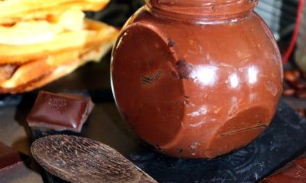 Nutella s arašídový máslem