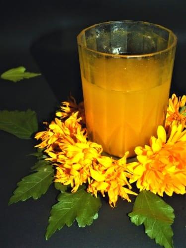 Zázvorový čaj s kurkumou (ajurvédský recept)