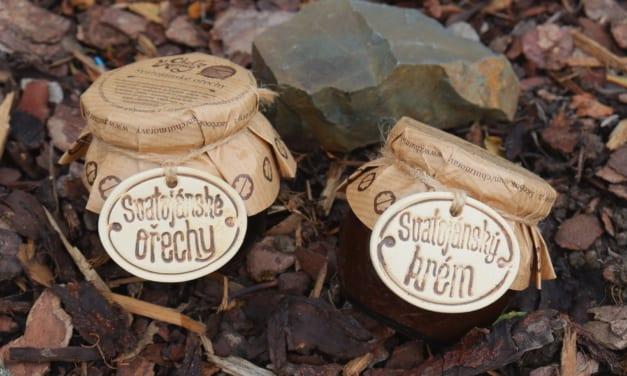 Ochutnávka svatojánských ořechů
