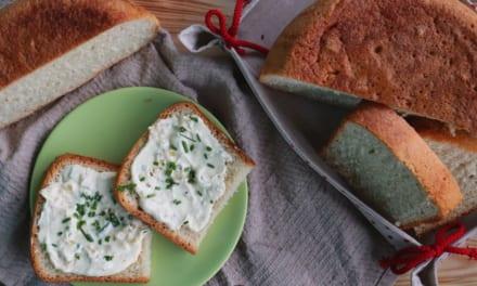 Chléb pečený v elektrickým hrnci