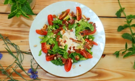 Letní salát s Caesar dresinkem